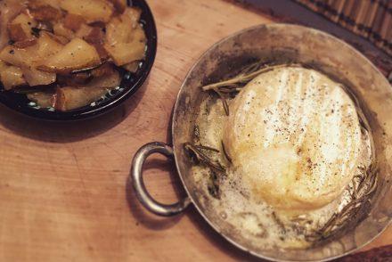 Bild Ofenkäse mit Birnen Chutney