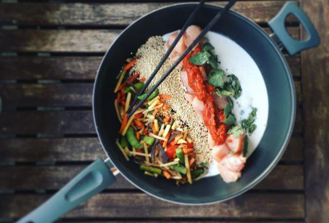 Bild One Pot Chicken Quinoa Thai Style 1