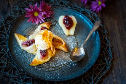 Bild Birnen Preiselbeer Dessert mit Vanille Glacé