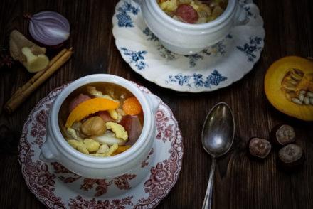 Bild Herbstliche Gemüsesuppe mit Marroni und Spätzli