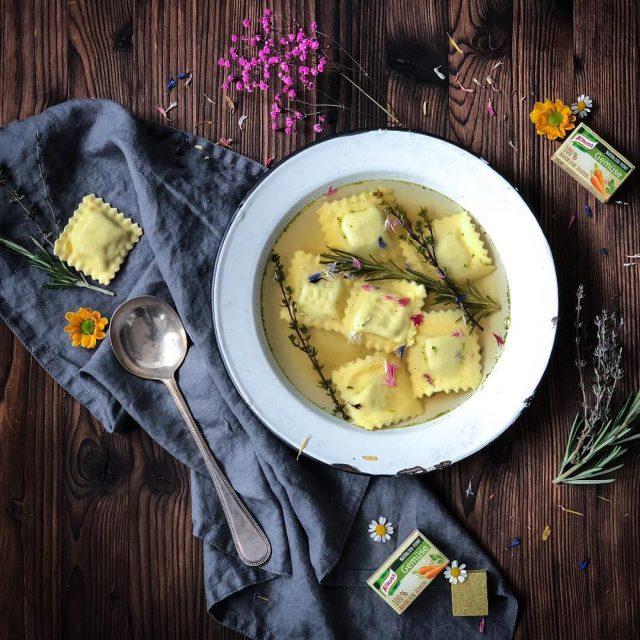 Ravioli in Brodo ist ein Italienisches Gericht und bedeutet nichtshellip