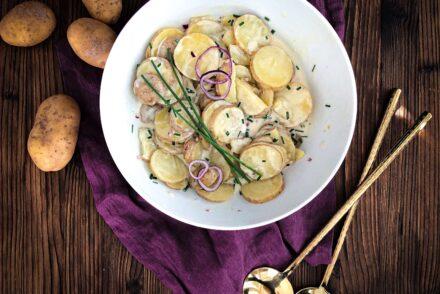 Schneller Kartoffelsalat in 25 Minuten Blitzkartoffelsalat Rezept einfacher Kartoffelsalat Rezept Grillbeilage Grillbeilagen Rezept